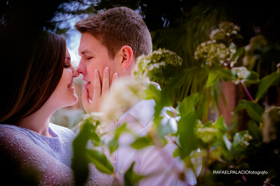 romantic engagament sesion Zaragoza